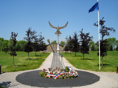 Esquelbecq Memorial from Bernard Siberaler