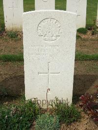 Assevillers New British Cemetery - Healy, Cecil