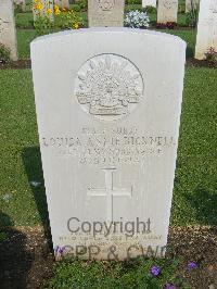 [IMAGE] Cairo War Memorial Cemetery - Bicknell, Louisa Annie