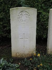 Doullens Communal Cemetery Extension No.1 - McReynolds, Hamilton Patterson