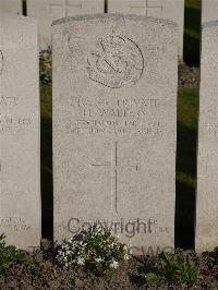 [IMAGE] Noeux-Les-Mines Communal Cemetery - Walters, Harry