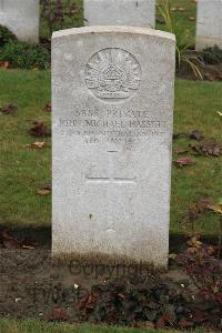 Queant Road Cemetery, Buissy - Hassett, John Michael