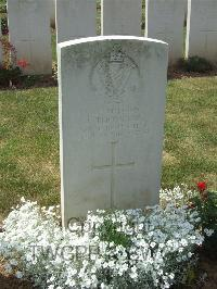 Hamel Military Cemetery - Thompson, J