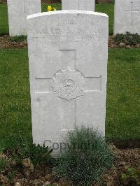 Point-Du-Jour Military Cemetery Athies - Morris, Charles Alan Smith