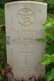 TRINCOMALEE WAR CEMETERY - JOHNSTON, GEORGE USHER